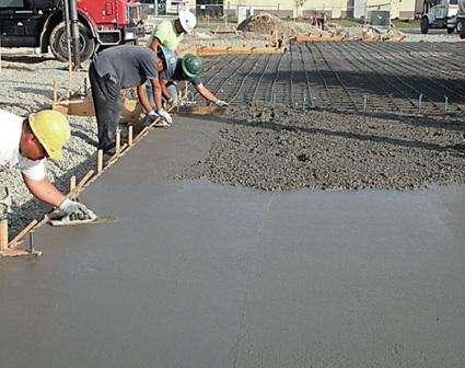 Пластификаторы для бетона делятся на несколько групп. К основным относятся: