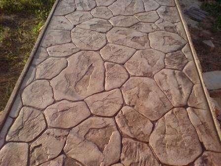 Декоративный бетон выдерживает большие перепады температур без ущерба качества