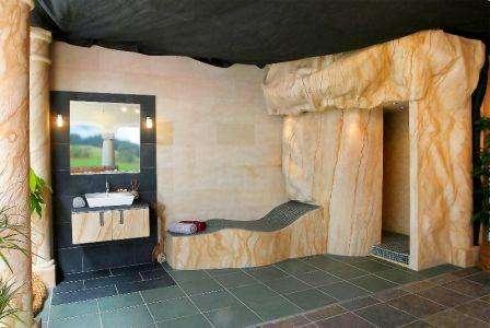 Посмотрите фото гибкого камня в интерьере: