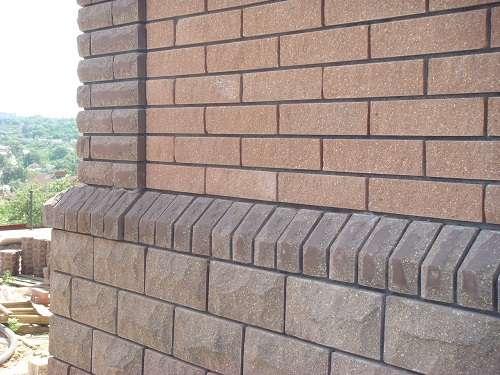 Каким современным материалом отделать фасад здания