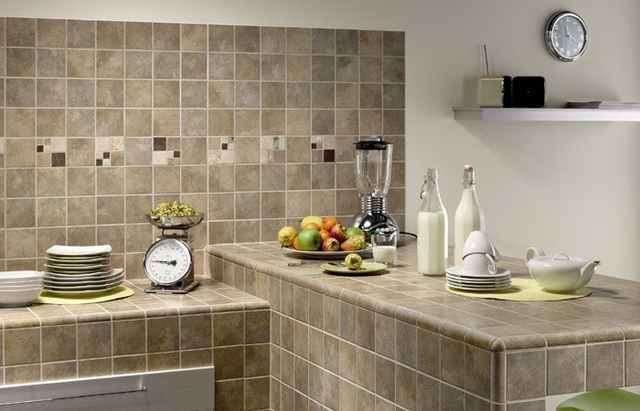 Какой материал подойдет для отделки стен на кухне